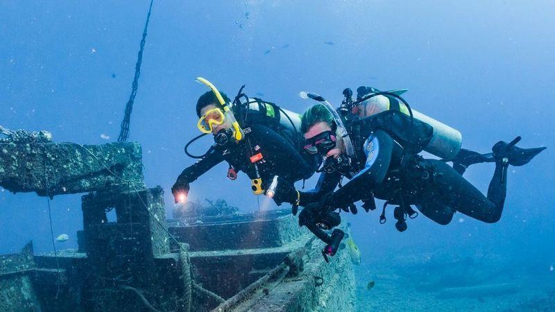 corso-peak-performance-buoyancy